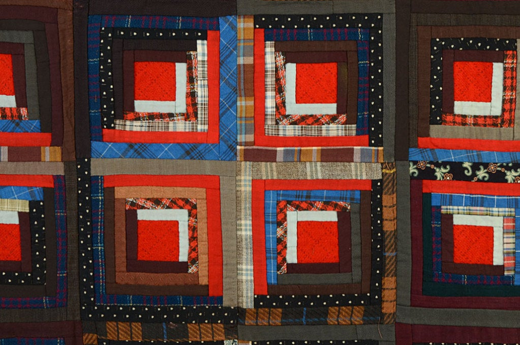 Light and Dark Log Cabin Quilt In Excellent Condition For Sale In Darnestown, MD