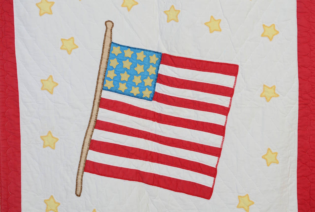 American Flag Quilt In Excellent Condition For Sale In Darnestown, MD