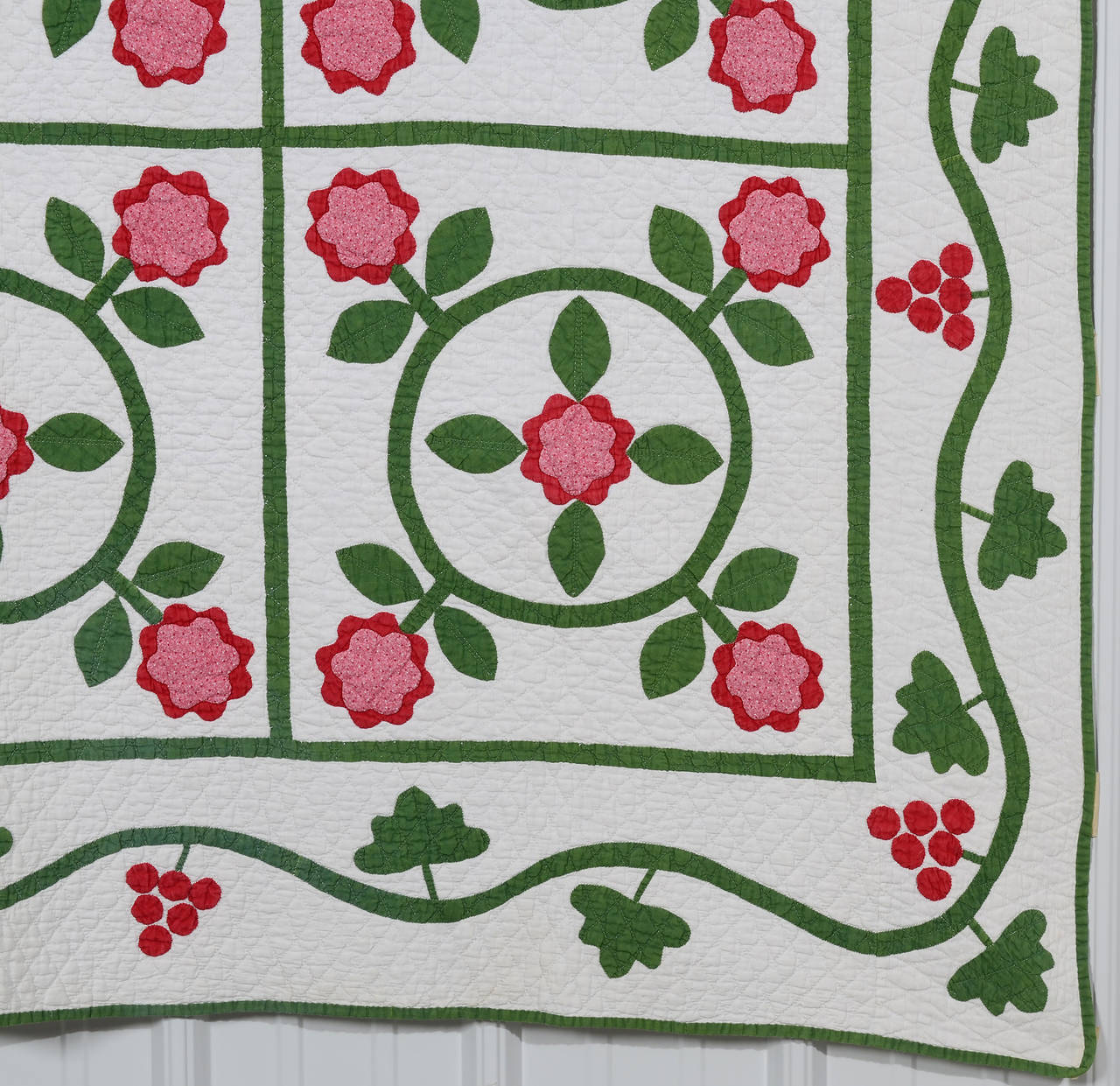 American Floral Wreaths Quilt For Sale