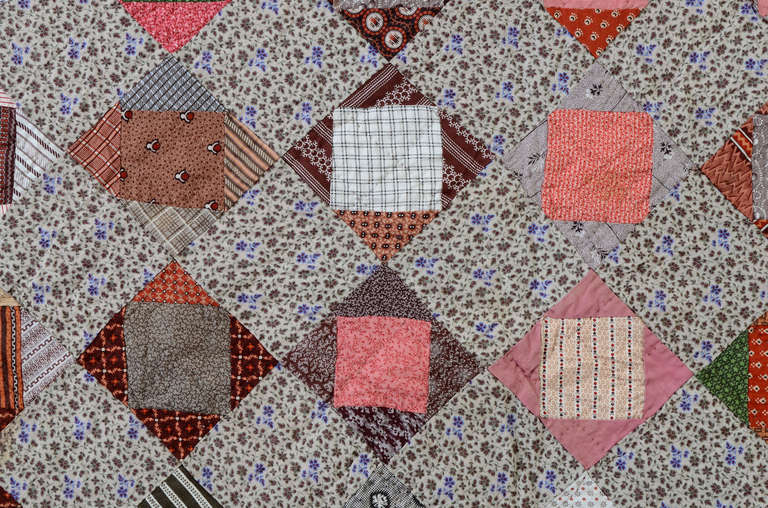 Economy Patch Quilt In Excellent Condition For Sale In Darnestown, MD