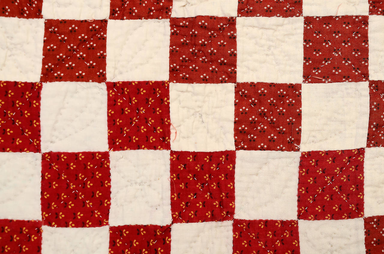 Checkerboard Quilt with Zigzag Border For Sale at 1stdibs