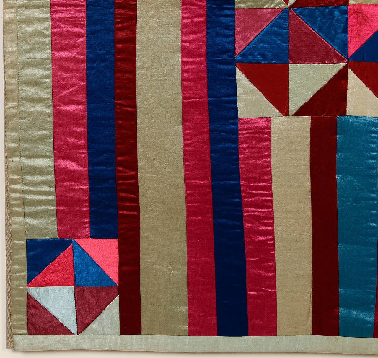 Late 19th Century Hourglass and Bars Crib Quilt For Sale