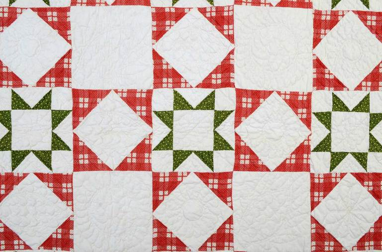 Evening Stars Quilt In Excellent Condition For Sale In Darnestown, MD