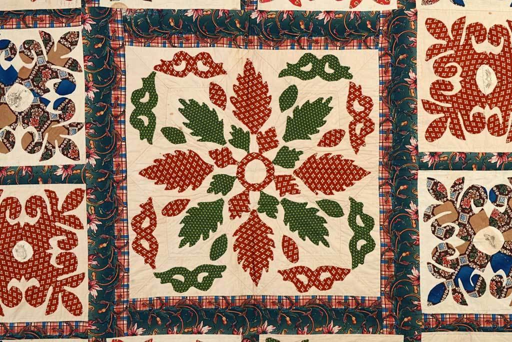 Center Medallion Mourning Quilt 3