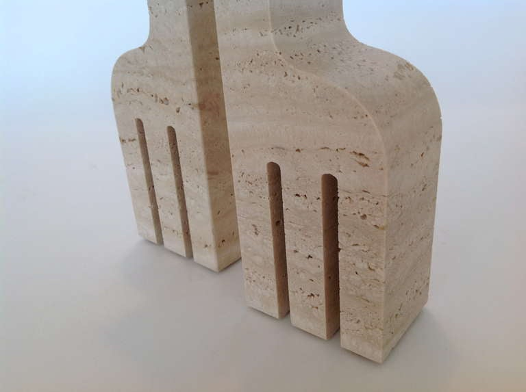 Pair of Italian Carved Travertine Giraffe Bookends by Fili Mannelli for Raymor image 8