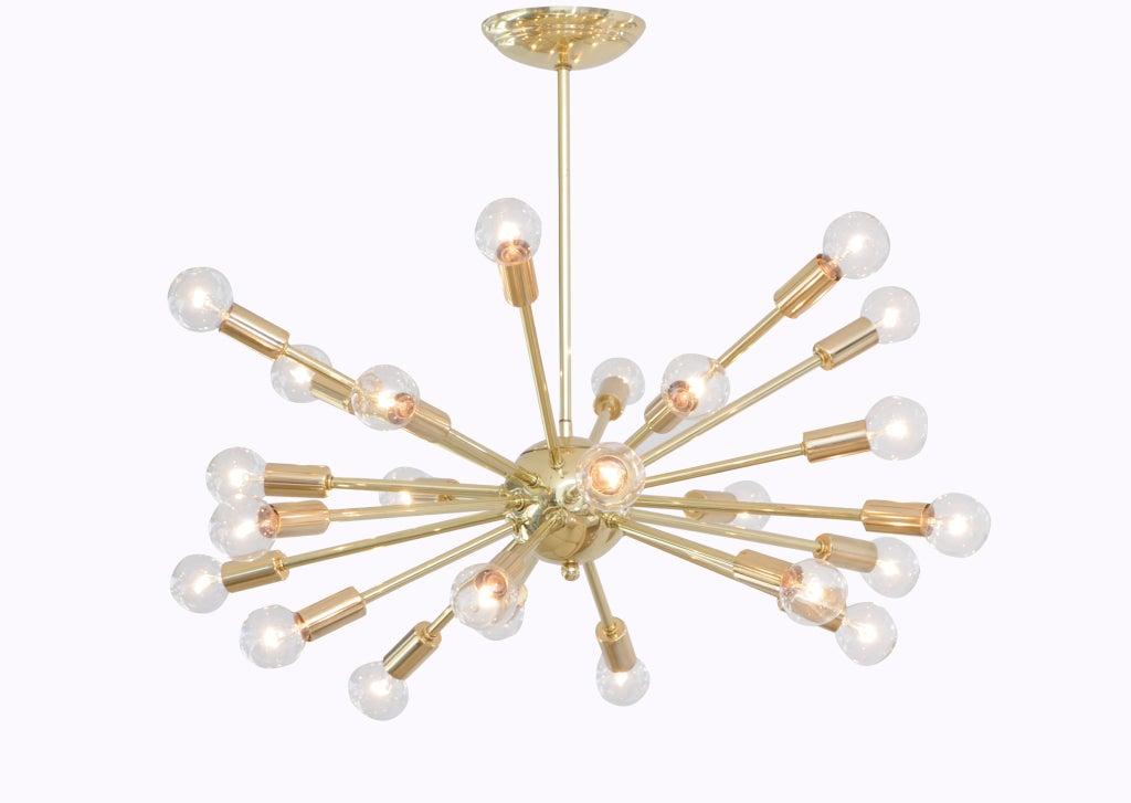 Sparkling brass sputnik chandelier at 1stdibs for Sputnik chandelier