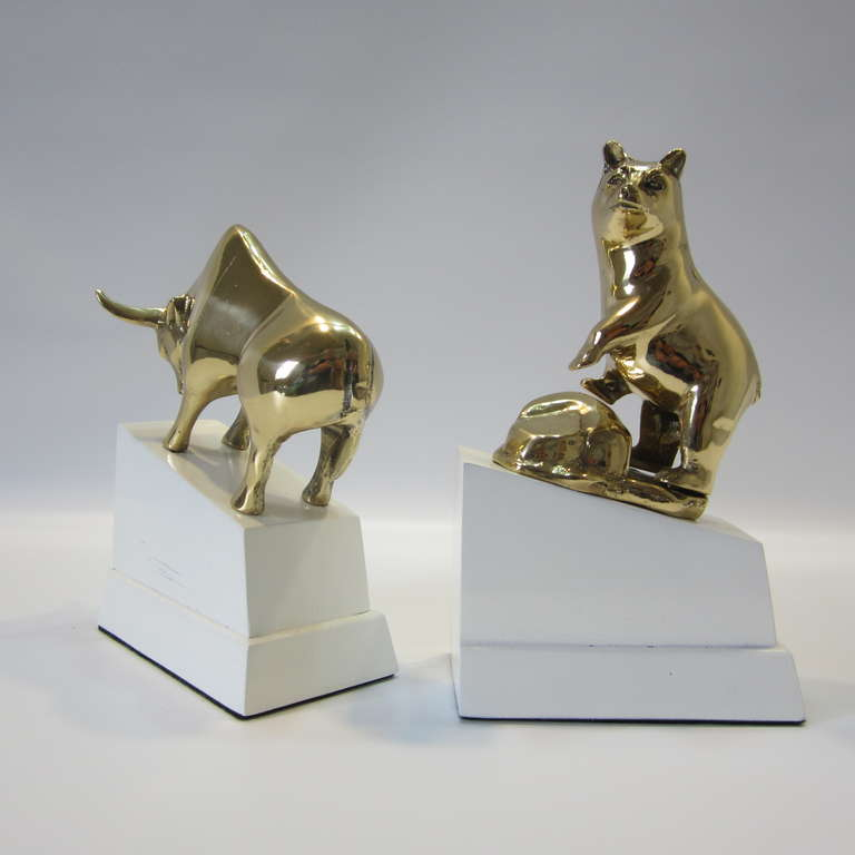 Mid 20th Century Polished Brass Bull And Bear Bookends On Lacquered Blocks  For Sale