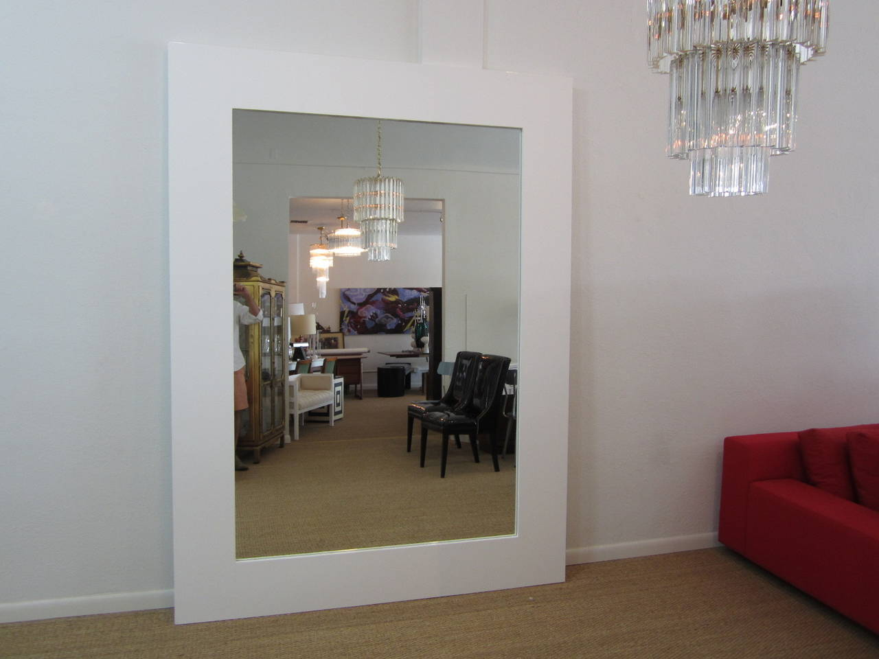 Large floor standing high gloss white lacquered mirror for White floor length mirror