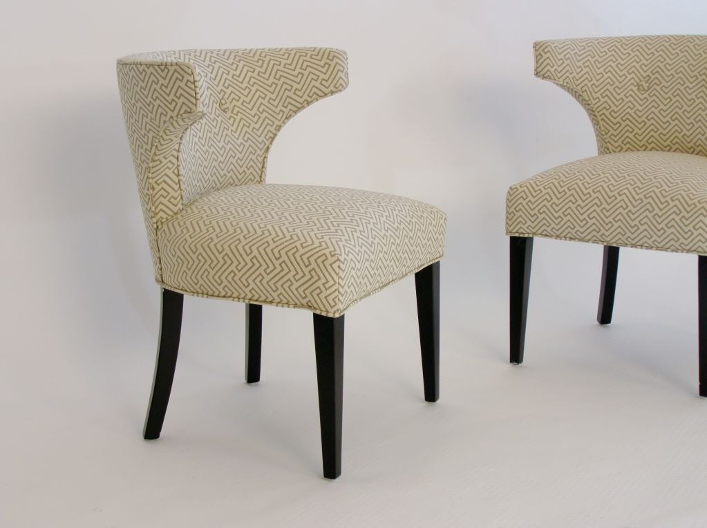 Pair of Rounded Klismos Chairs Manner of Tommi Parzinger In Excellent Condition In Miami, FL