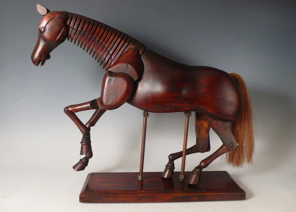 Rare and fully French articulated painter's horse dummy, with original base, metal structure and horsehairs.