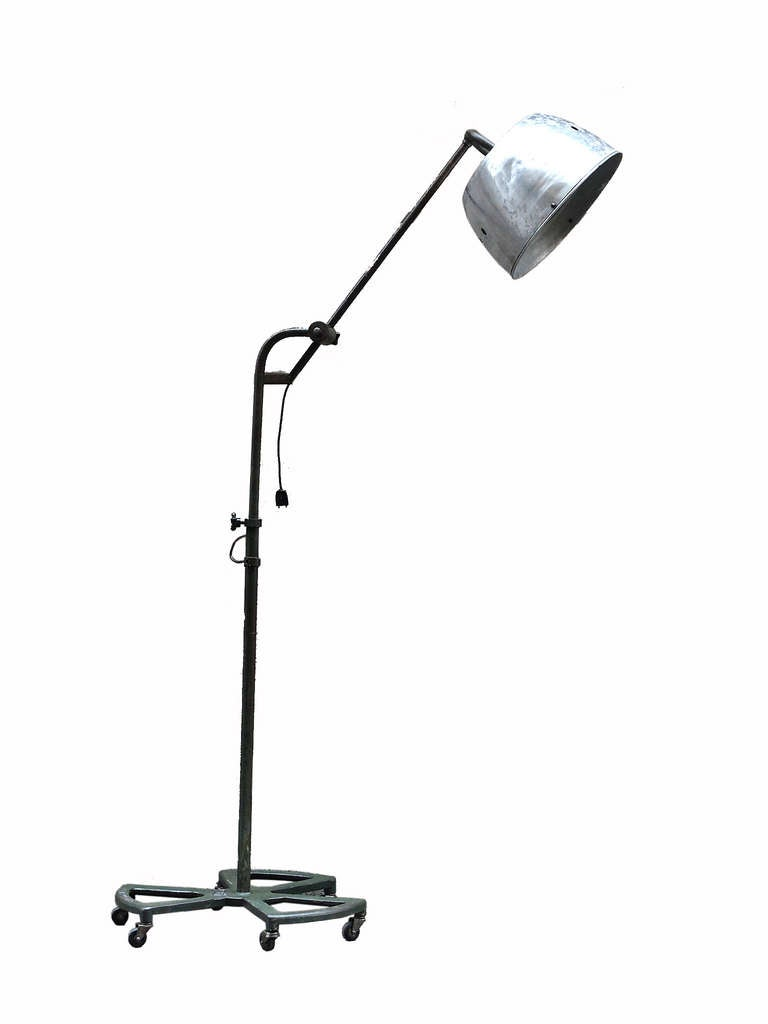 Beautiful industrial floor lamp levallois societe anonyme for 8 ft floor lamp