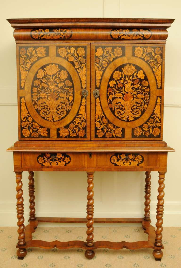 William And Mary Cabinet At 1stdibs