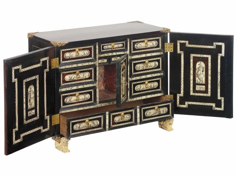 Italian cabinet for sale at 1stdibs for Italian cabinets