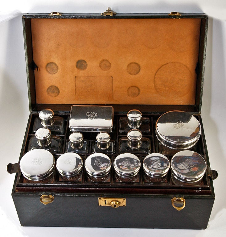 antique french travel case bag sterling silver vanity set 14pc at 1stdibs. Black Bedroom Furniture Sets. Home Design Ideas