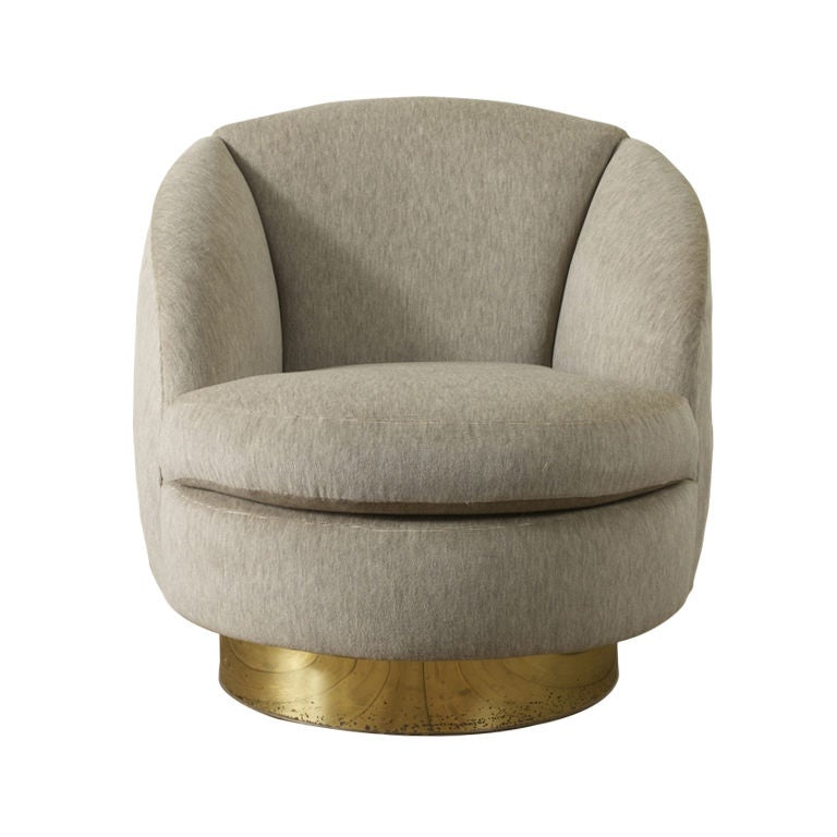 Elegant Swivel Tub Chair By Milo Baughman At 1stdibs