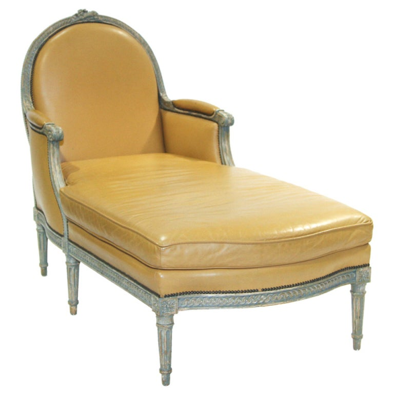 Louis xvi style daybed at 1stdibs for Chaise louis xvi