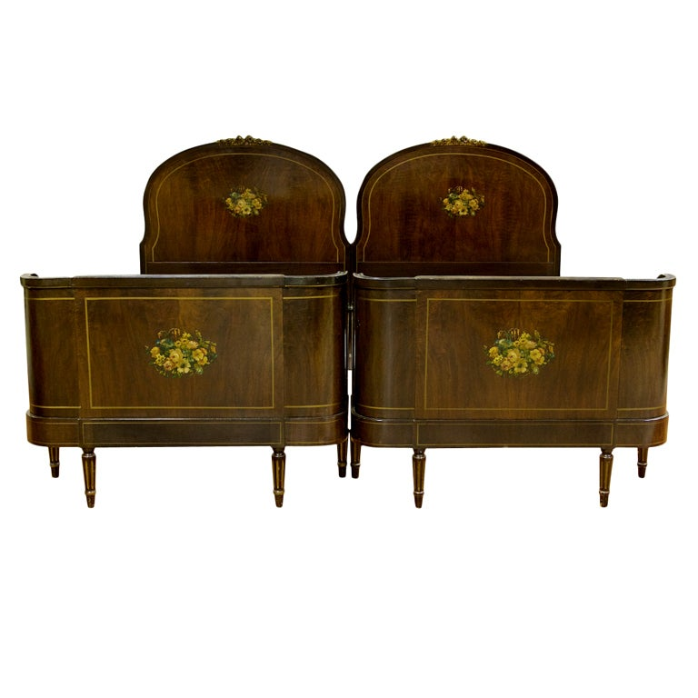 Bedroom Sets Grand Rapids Mi 1920-1930's bedroom suite from john widdicomb co. grand rapids at