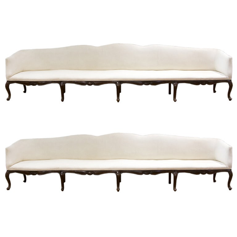 pair of venetian long canapes for sale at 1stdibs. Black Bedroom Furniture Sets. Home Design Ideas
