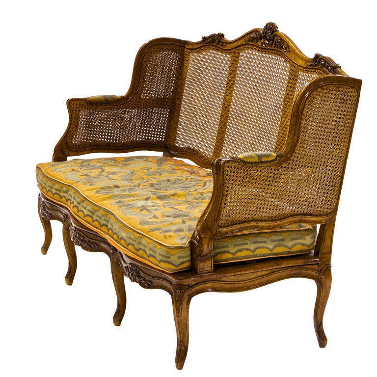 louis xv walnut canap with cane back at 1stdibs. Black Bedroom Furniture Sets. Home Design Ideas