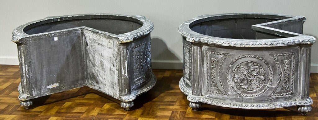 Pair of on the corner planters from france at 1stdibs - Planters contact provence ...
