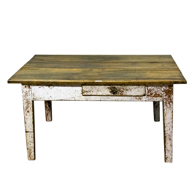 a farmhouse style coffee table with painted base at 1stdibs. Black Bedroom Furniture Sets. Home Design Ideas