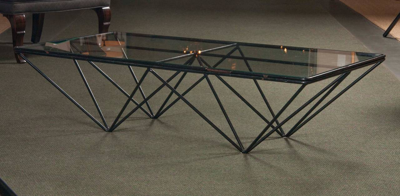 Modern Alanda Coffee Table in the Style of Paolo Piva For Sale