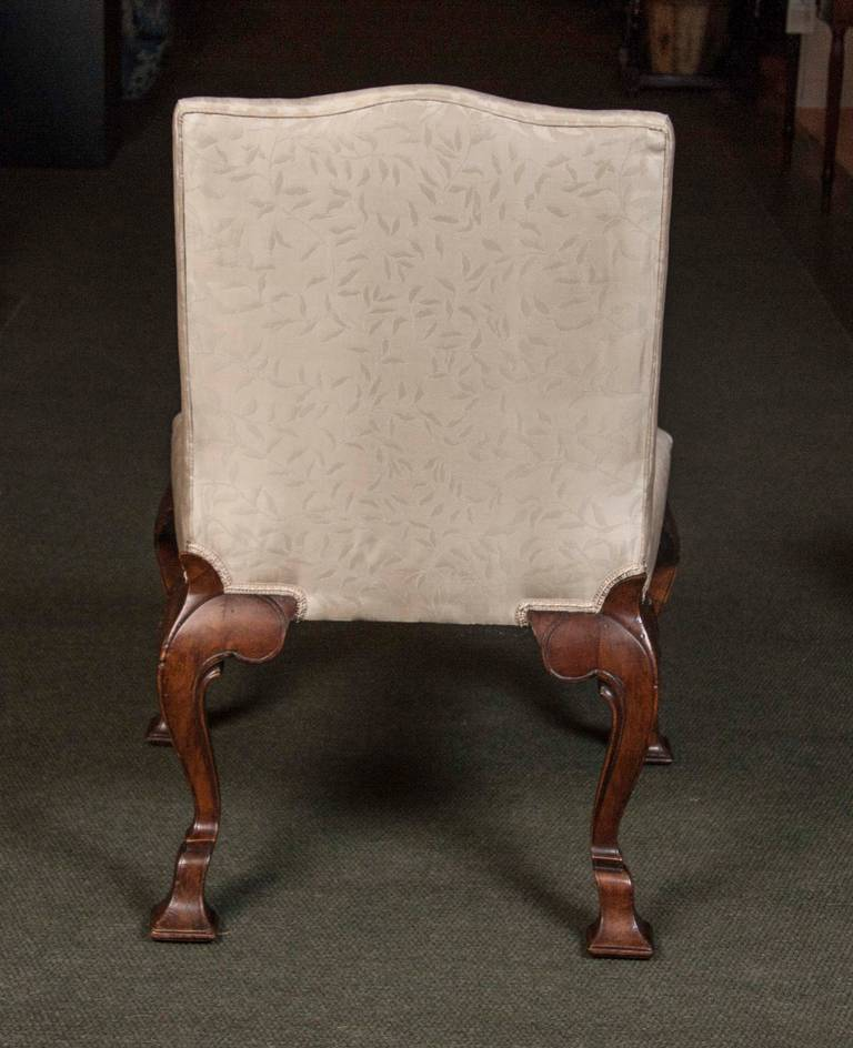 Set of Eight George II Walnut Dining Chairs For Sale 3