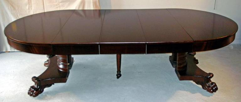 American Empire Period Dining Table In Excellent Condition For Sale Stamford CT