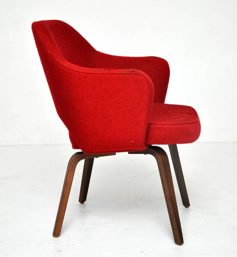 Eero saarinen dining chairs for knoll at stdibs
