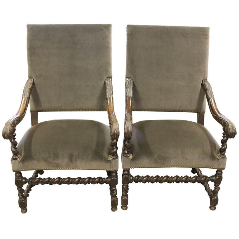 elegant pair of carved throne chairs at 1stdibs