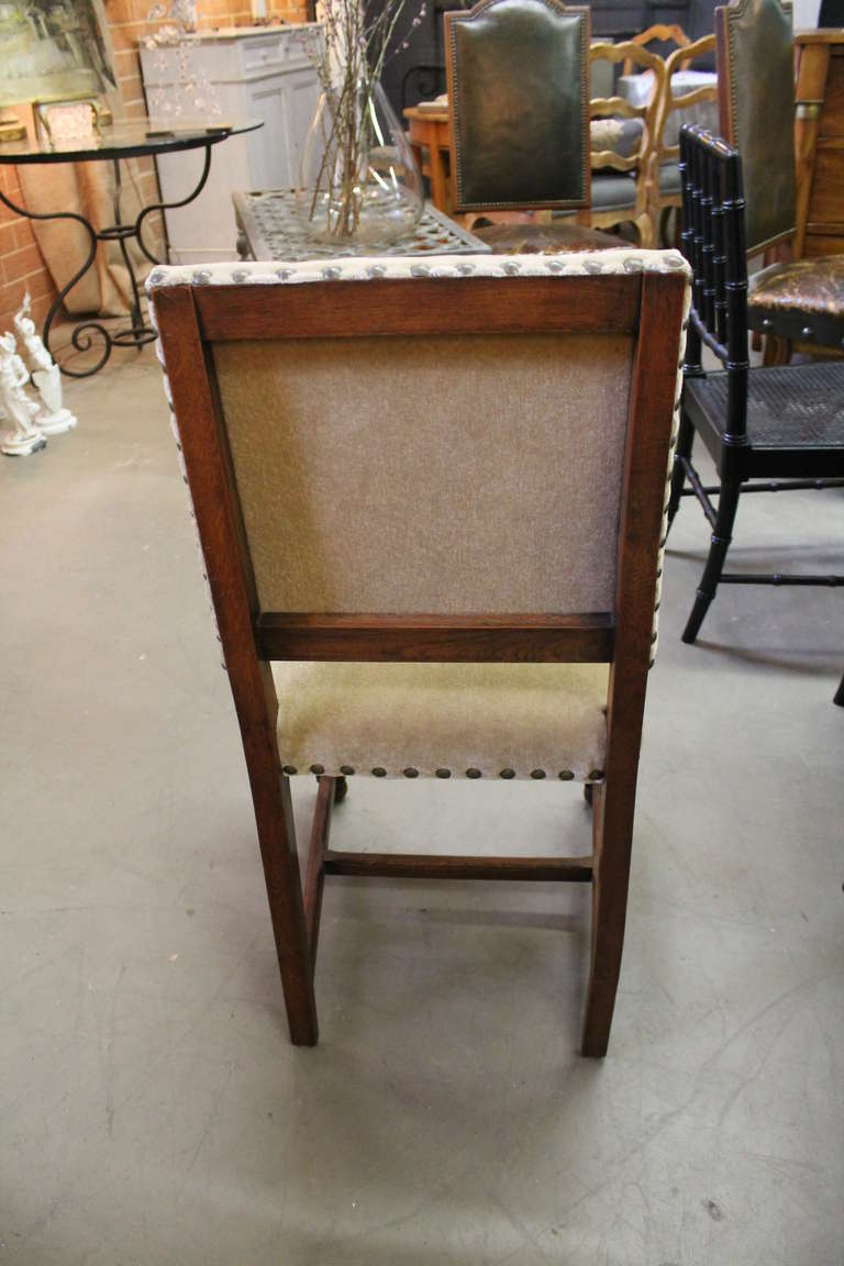 1920s English Tudor Style Dining Chairs at 1stdibs : 378l from www.1stdibs.com size 768 x 1152 jpeg 76kB