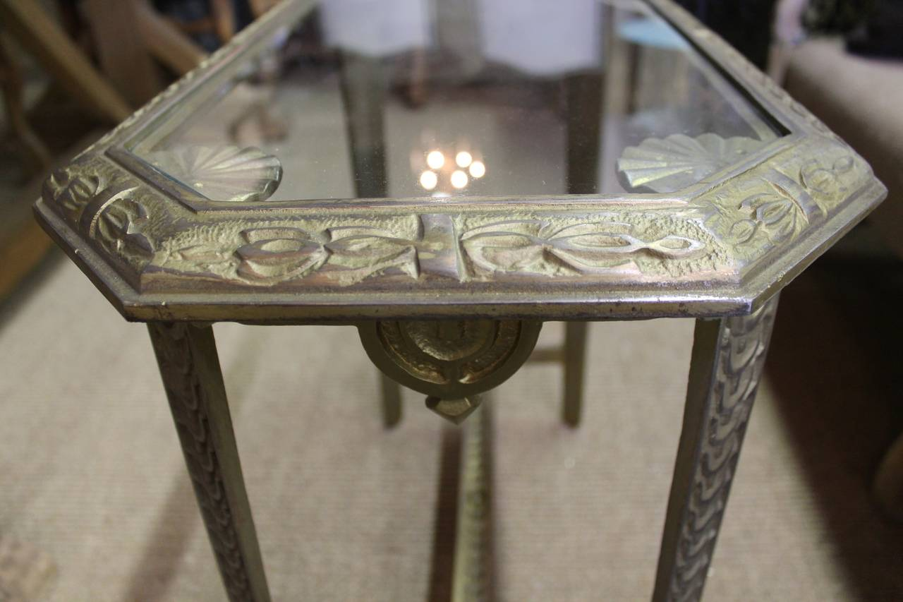 Heavy cast iron art deco side table at 1stdibs for Cast iron end table