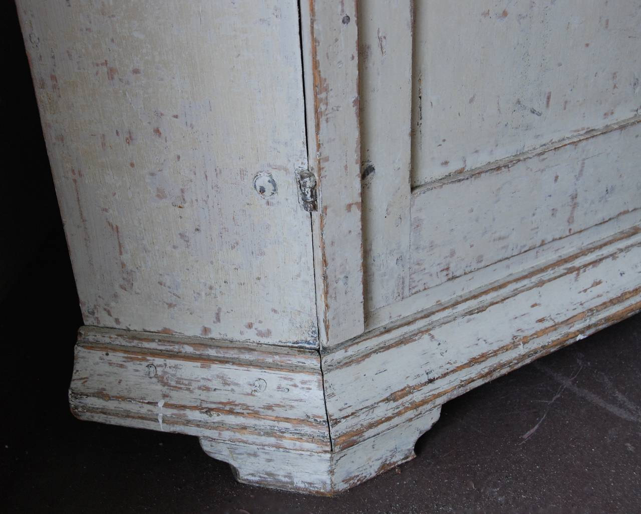 18th Century Swedish Corner Cabinet For Sale
