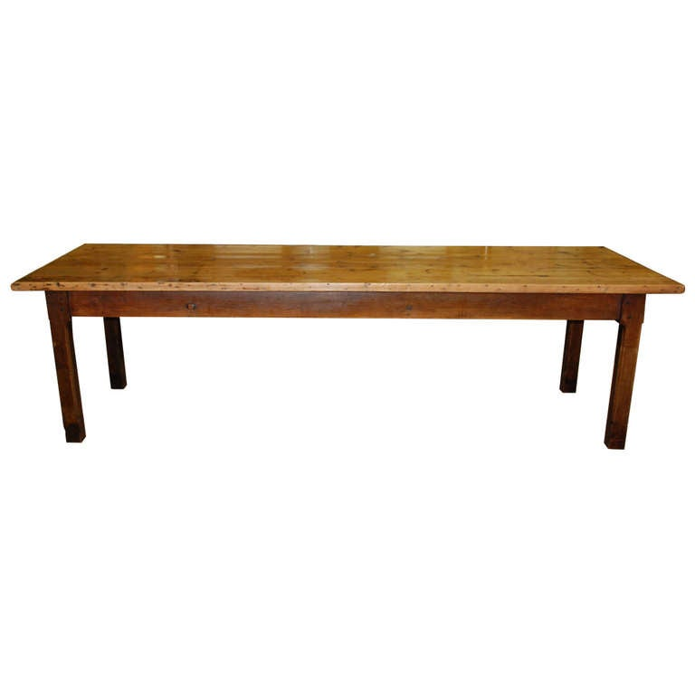 19th Century English Pine and Oak Farmhouse Table at 1stdibs : 1219372l from www.1stdibs.com size 768 x 768 jpeg 17kB