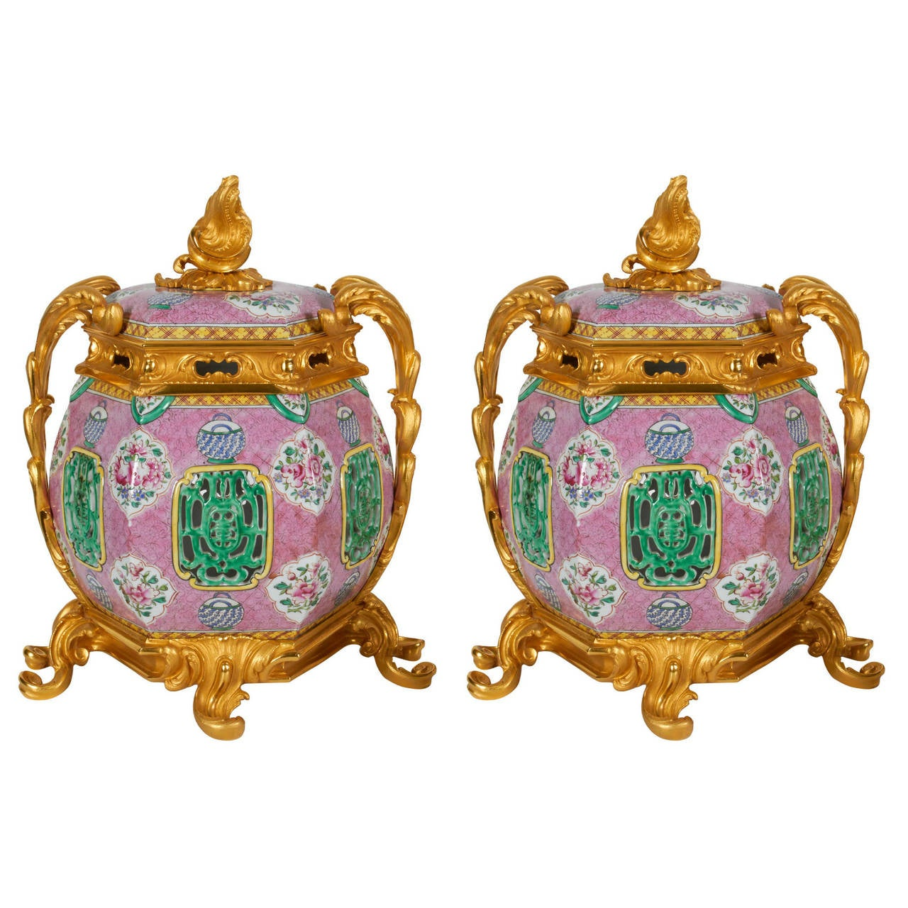 Pair of Antique Chinese Export Porcelain and Ormolu-Mounted Covered Potpourris