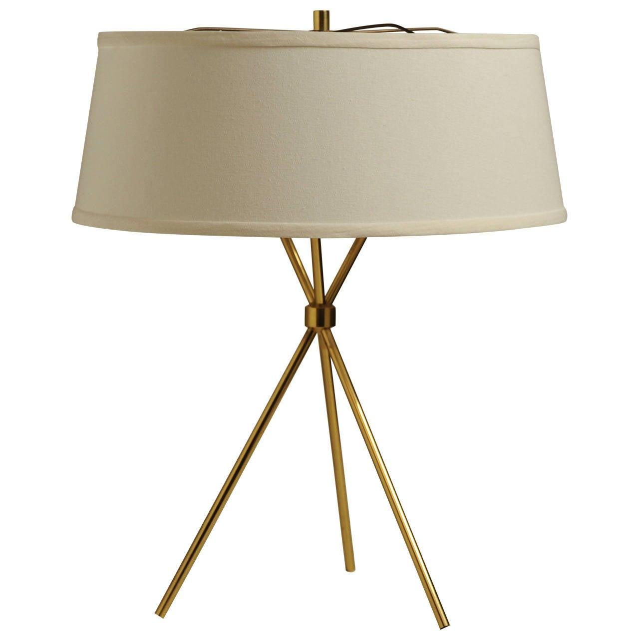 hansen brass tripod table lamp at 1stdibs. Black Bedroom Furniture Sets. Home Design Ideas