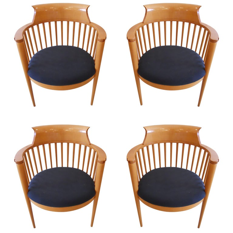 Four vintage modern italian dining chairs for Italian dining chairs modern