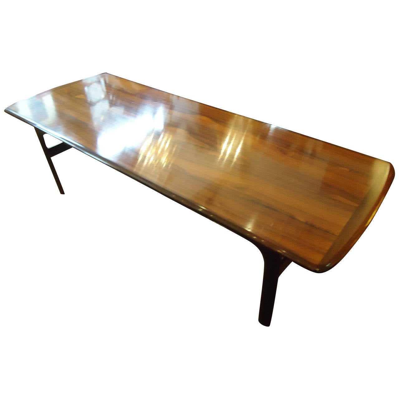 Sleek designer danish modern rosewood coffee table at 1stdibs Sleek coffee table