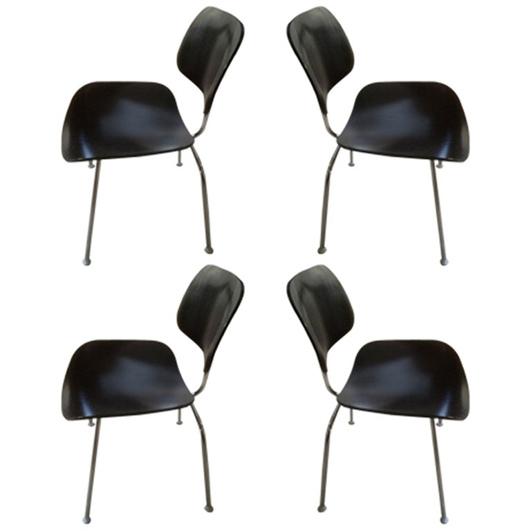 set of 4 herman miller eames dining chairs at 1stdibs
