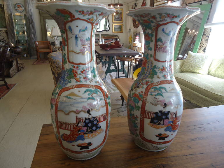 Pair of 19th Century Fukagawa Vases For Sale 2