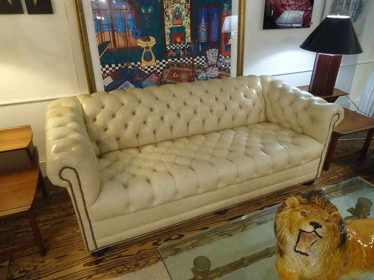 Luscious Vintage Off White Leather Chesterfield 8