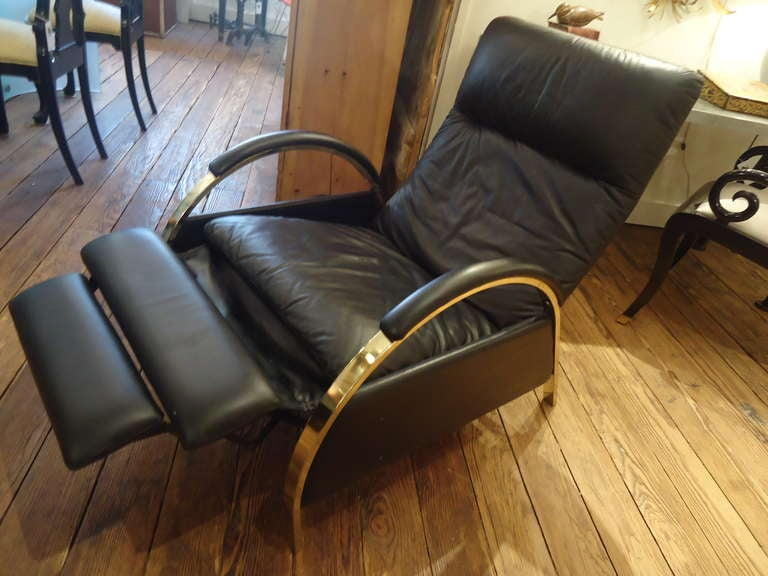 Sexy Black Leather Recliner Attributed To Milo Baughman At