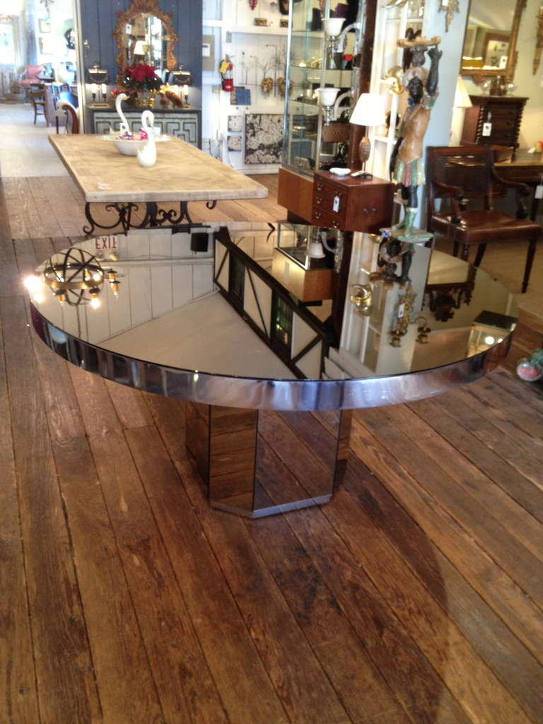 Super glam round mirrored table at 1stdibs for Glam dining table