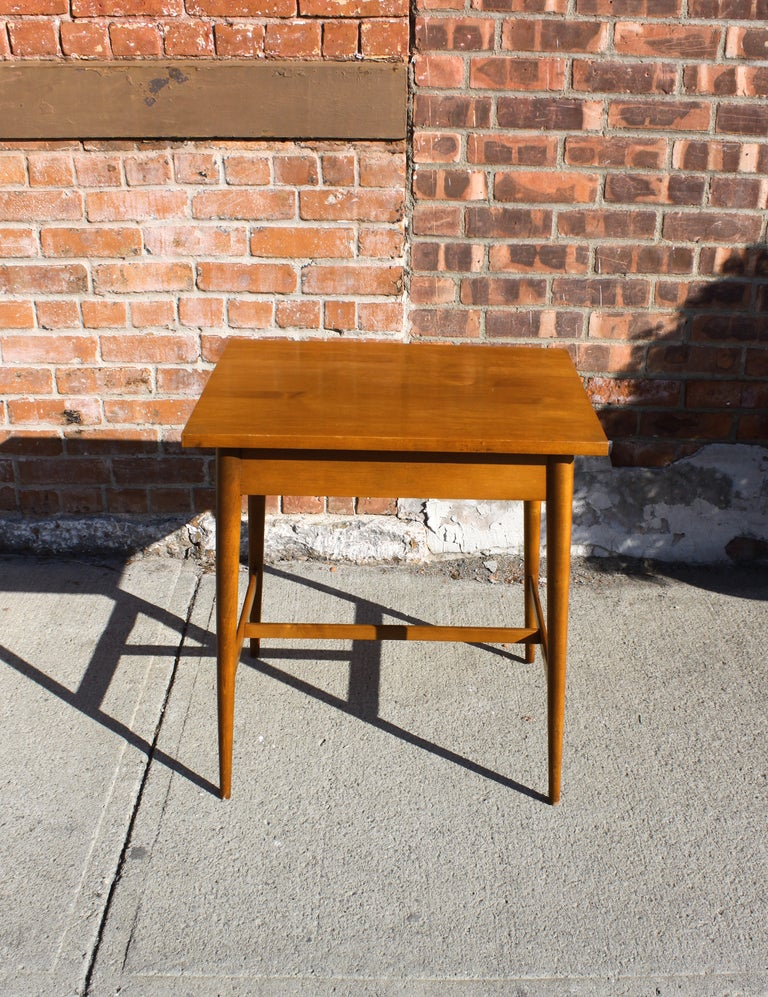 American Paul McCobb Planner Group Side Table For Sale