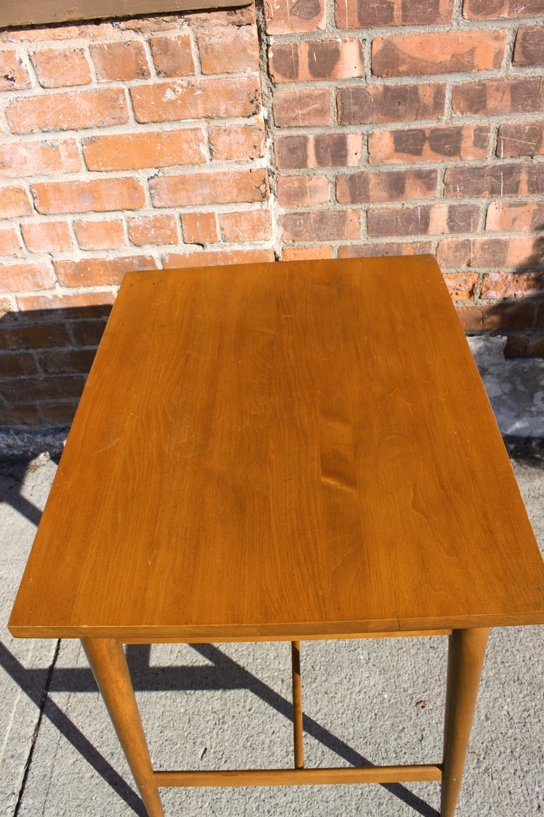 Mid-20th Century Paul McCobb Planner Group Side Table For Sale