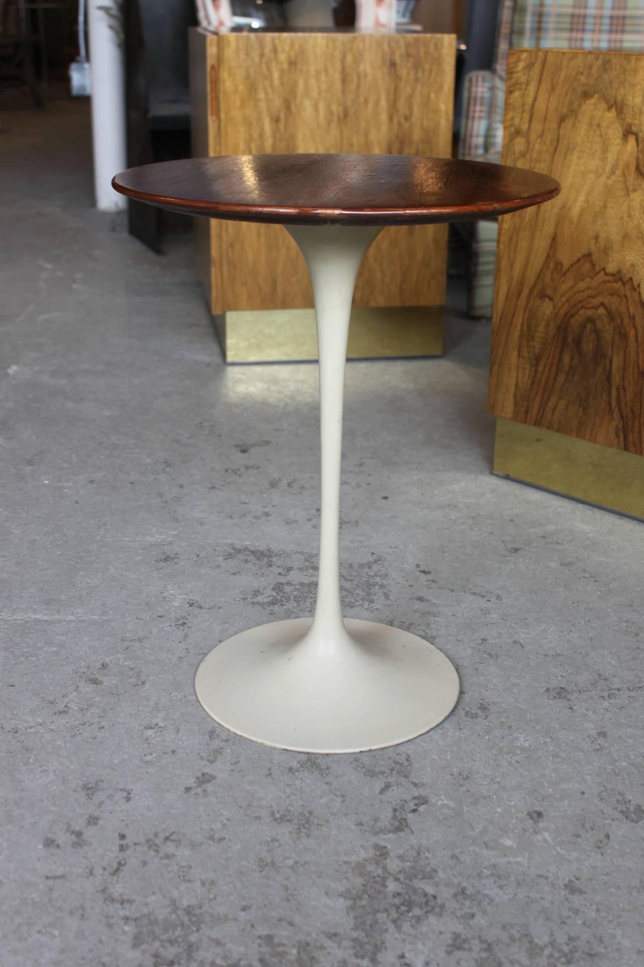 Vintage Knoll Saarinen Tulip Walnut Wood Top Side Table At