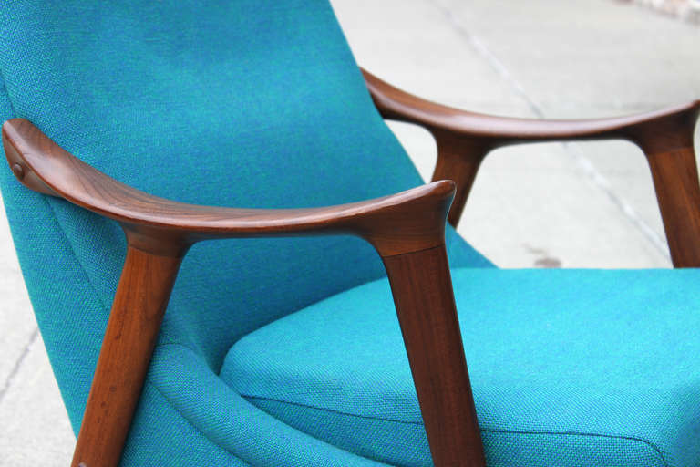 Danish Walnut Scoop Armchair 7