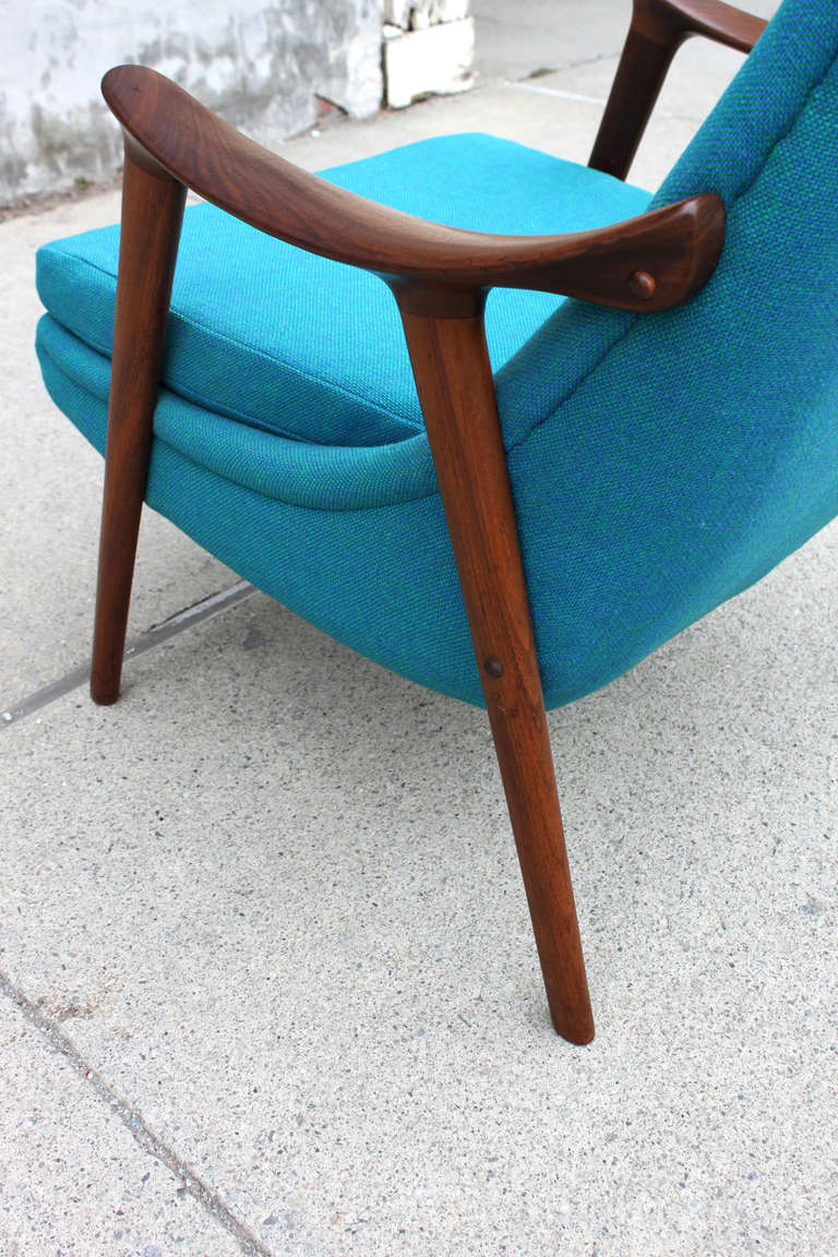 Danish Walnut Scoop Armchair 9