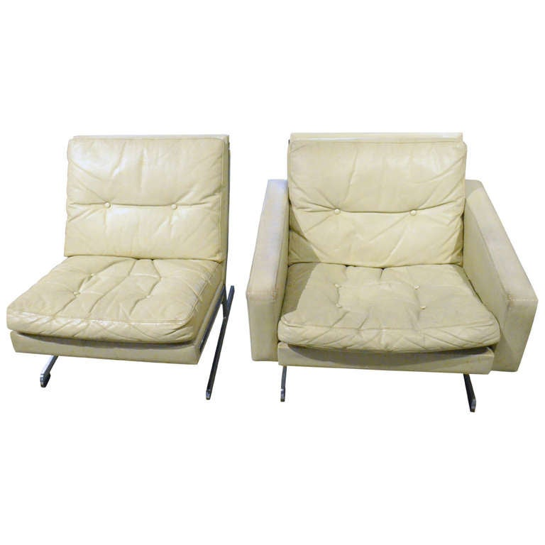 Awesome 1970 39 S White Leather Chairs For Sale At 1stdibs