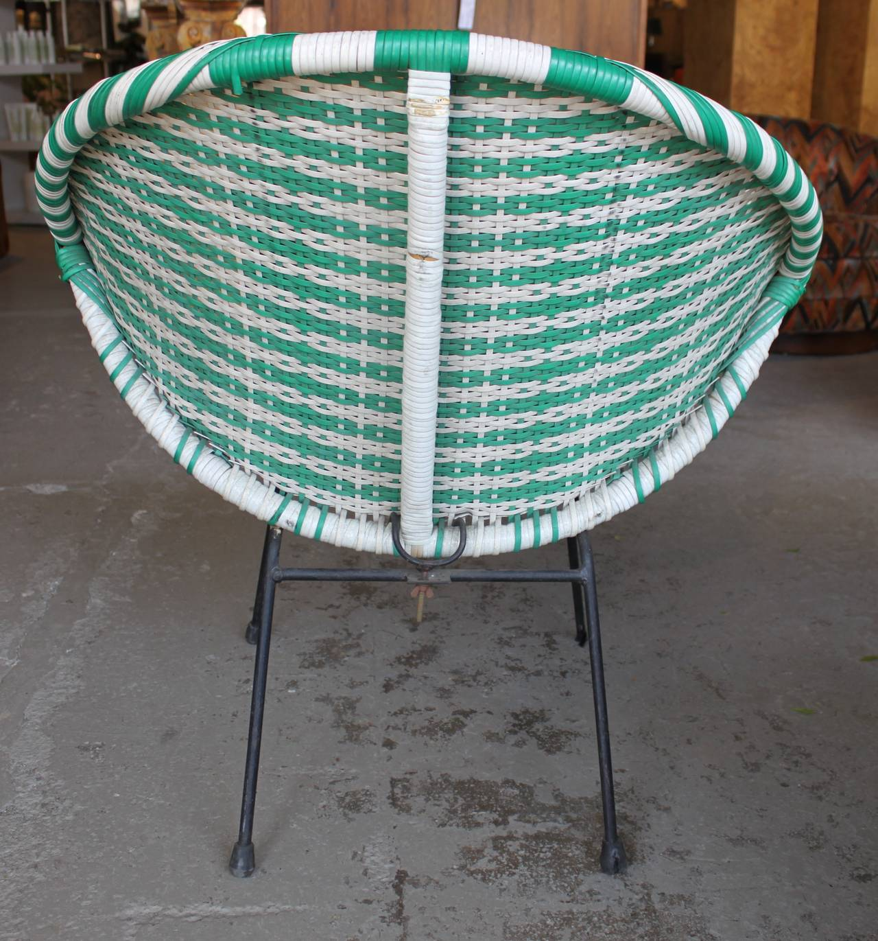 Vintage Green And White Woven Round Womb Chair 1960s At